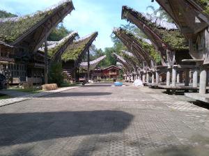Deretan Rumah Tongkonan di Kete Kesu, Tana Toraja