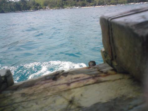 Baru Naek Perahu, sudah disambut Laut yang Super Jernih
