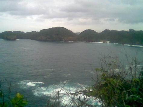 View Laut Selatan dari Bukit Tertinggi