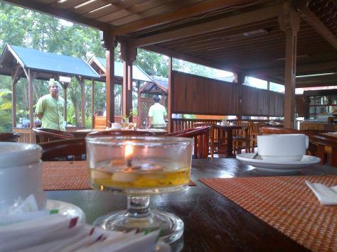Suasana Sarapan Pagi di Resto Hotel Jayakarta Senggigi