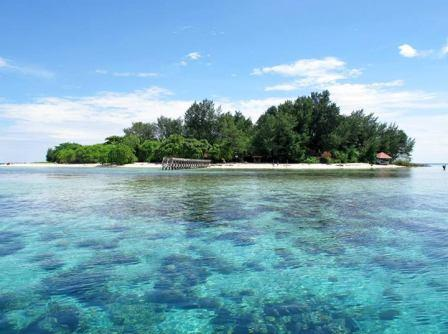Cangke Island with fresh and clear water
